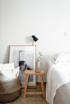 Minimal bedroom interior #interiorgoals #minimalinterior #minimabedroom #interiordecor #interiordesign / Pinterest: @fromluxewithlove / Instagram: @fromluxewithlove