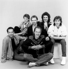 Dire Straits! One of the most successfully underrated bands of the 80's