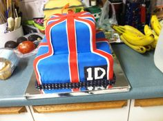 one direction cakes, direct cake, 1d cake