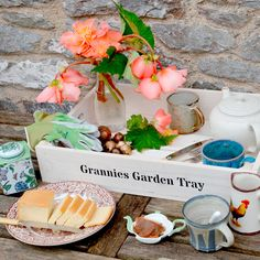 Personalised Crate 1 Slat - 53 x 36 x 9cm - All Christmas Gifts - Christmas Gifts - Gardening - Suttons Seeds and Plants