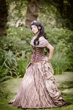 2012-08-04 Castlefest 2012, Eleanorx by Qsimple, via Flickr