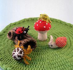 Mini Pets - Snails, Bugs & Frogs Amigurumi Crochet Pattern