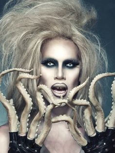 Sharon Needles looking fabulous (as per usual) with tentacled fingers. Totally my favorite runway outfit on Rupaul's Drag Race. When Sharon wiggled her fingers it created the effect of writhing tentacles.