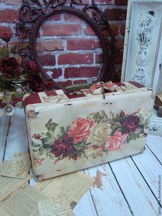 "Чемодан большой ""Ее величество роза"" - чемодан,саквояж,короб,ретро,винтаж"