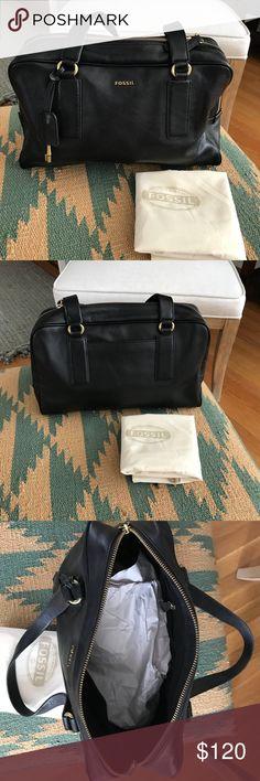 Fossil genuine leather black shoulder bag Genuine leather handbag, practically new! Only used a handful of times. Fossil Bags Shoulder Bags