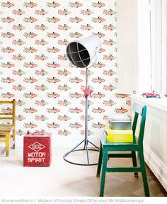 Speelgoed uit vervlogen tijden gaf de inspiratie voor de eigentijdse kinderkamercollectie van Studio Ditte voor BN Wallcoverings. Het resultaat is een sfeervolle vintage look met fris, grafisch beeld. http://www.wonenonline.nl/interieur-inrichten/wandbekleding-behang/masion-d-eco-studio-ditte-bn-wallcoverings.html