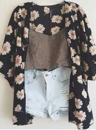 Floral kimono, high waisted shorts, crop top!