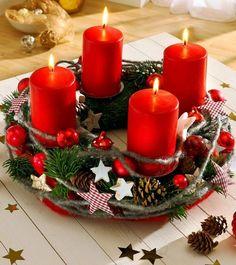 Die vier Kerzen auf dem Adventskranz stehen in erster Linie für die vier Wochen der Adventszeit. Sie haben jedoch eine weitere symbolische Bedeutung...
