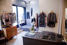 Vanina Escoubet  Boutique ouverte du mardi au samedi de 11H à 19H30  ainsi que les dimanches de beau temps!    1 rue henry monnier  75009 paris
