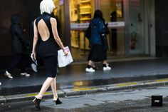 http://jaiperdumaveste.com/wp-content/uploads/2016/07/Olga-Karput_Street-Style_Fashion-Photography_by_Nabile-Quenum_JaiPerduMaVeste_Paris-Fashion-Week-Haute-Couture-Fall-Winter-2016-3735.jpg