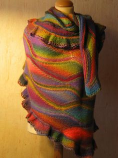 Ravelry: Mona pattern by Ruth Kindla