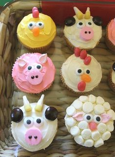 Easy Farm Animal Cupcakes...these are the BEST Cupcake Ideas!