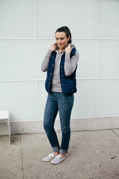The College Prepster sports an Old Navy Frost Free Vest ontop of her hoodie for extra warmth and style. | Source: http://www.thecollegeprepster.com/2014/10/old-navy-boyfriend-jeans.html