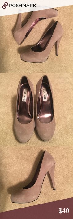 Steve Madden Suede Pumps Steve Madden light grey suede pumps, size 6 Steve Madden Shoes Heels