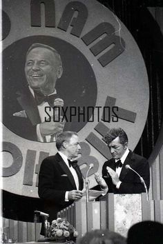 Nov The Dean Martin Celebrity Roast of Frank Sinatra, is taped at the MGM Grand, without Sinatra missing any of his 2 shows a day at Caesar's Palace. (It airs Feb Tv On The Radio, Tv Radio, David Niven, Humphrey Bogart, Lauren Bacall, Dean Martin, Judy Garland, Old Tv Shows, Hollywood Stars