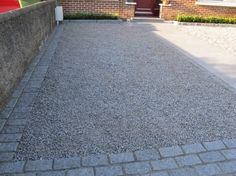 Granite Setts border.
