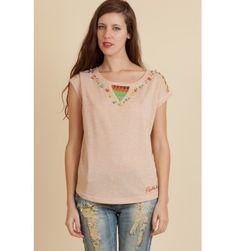 Camiseta de Rosalita Mc Gee.