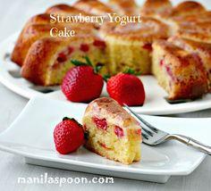 Manila Spoon: Fresh Strawberry Yogurt Cake