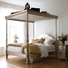 Georgian Silver Leaf Four Poster Bed | Leafed Finish