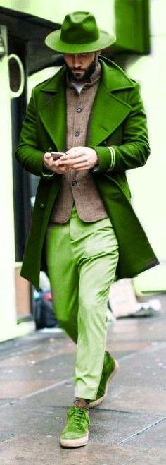 Super Ideas for dress green emerald jackets Green And Orange, Shades Of Green, Style Vert, Louisiana, Moda Formal, Another Green World, Vogue, Green Fashion, Green Hair