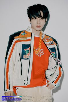 Yesterday we had the Teaser Video for NCT Repackage Album Neo Zone: The Final Round, and today we have the first teaser photos (titled the same - Warm Up player). Mark Lee, Winwin, Nct 127, Lee Taeyong, Grupo Nct, Rapper, Johnny Seo, Kim Jung Woo, Wattpad