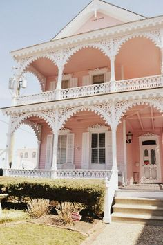really pretty pink victorian house Victorian Cottage, Victorian Homes, Pink Houses, Old Houses, Abandoned Houses, Dream Houses, Future House, My House, Porte Cochere