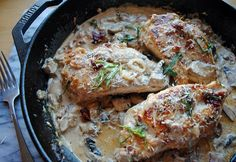 Ahhhh I need this now. Cream Sun Dried Skillet Chicken from Pasta Sauce Recipes, Chicken Recipes, Brandy Cream Sauce Recipe, Cream Sauce Pasta, Mushroom Cream Sauces, Cooked Apples, Skillet Chicken, Sun Dried, Restaurant Recipes