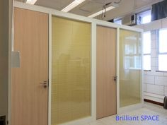 Glass System Wall 中文大學 (不上頂裝置,雙層清玻璃屏風-內置百葉  Double Clear Glass Panel with blind) 1