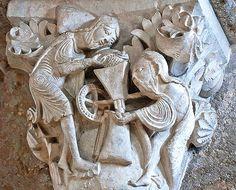 Capitel Medieval de la abadia benedictina de Vezelay  Francia