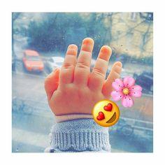 Dua Noor Cute Little Baby, Cute Babies, Little Ones, Cute Baby Girl, Little Babies, Baby Love, Cute Kids, Baby Hands, Birth Photos