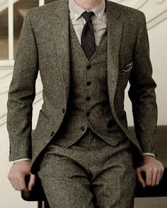 2017 Latest Coat Pant Designs Gray Tweed Groom Tuxedos 3 Piece Slim Fit Mens Wedding Prom Dinner Suits(Jacket+Pants+Vest) terno