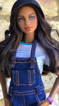 African American Dolls, Barbie Accessories, Vintage Barbie Dolls, Doll Repaint, Barbie World, Boho Look, African Beauty, Custom Dolls, Barbie Clothes