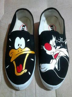Discover recipes, home ideas, style inspiration and other ideas to try. Custom Vans Shoes, Custom Painted Shoes, Painted Canvas Shoes, Painted Sneakers, Canvas Sneakers, Creative Shoes, Unique Shoes, Marvel Shoes, Cartoon Shoes