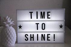 LE TEMPS DE BRILLER Cinema Light Box Quotes, Cinema Box, Light Quotes, Light Up Message Board, Lightbox Letters, Lead Boxes, Licht Box, Light Words, Light Up Signs