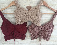 Outfit Idea From Americanstyle Outfit Summeroutfitideas - Diy Crafts - maallure Crochet Bra, Crochet Clothes, Diy Clothes, Crochet Summer Tops, Crochet Crop Top, Crochet Designs, Crochet Patterns, Bralette Pattern, Crochet Top Outfit