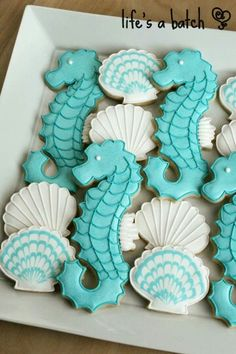 cute sugar cookies~now I need these cookie cutters!