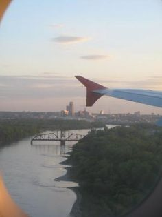 almost home, flying over river into Eppley
