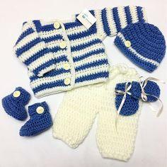 Tejiendo Ilusión (@tejiendoilusion) • Fotos y vídeos de Instagram Crochet For Boys, Instagram, Winter, Fashion, Illusions, Princesses, Tejidos, Bebe, Winter Time