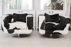 black and white cowhide dresser Sofa Couch, Couch Set, Contemporary Sofa, Modern Sofa, Living Room Remodel, Living Room Sofa, Super Cow, Divan Sofa, Cowhide Furniture