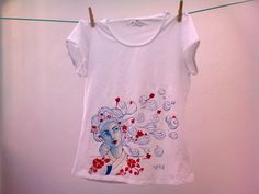 Camiseta pintada a mano - Gisaeng