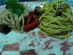 Bis di primi. #Spaghetti #pane e #pomodoro e #chitarrina allo #zafferano
