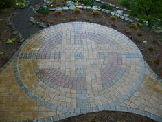 I want a small paver patio for a table, chairs, and grill right outside our mudroom. These pavers are exceptional! Concrete Patios, Paver Stone Patio, Paver Stones, Paver Walkway, Brick Pavers, Cement Pavers, Backyard Pavers, Stone Patio Designs, Concrete Patio Designs