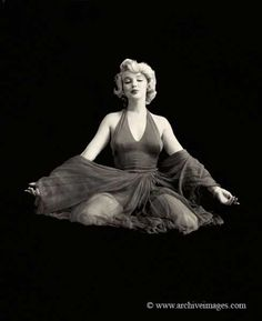 Marilyn in ''The Red'' sitting photographed by Milton H. Greene on 27 January 1957.