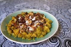 Berenjenas a la iraní con menta, nueces y yogur - El comidista