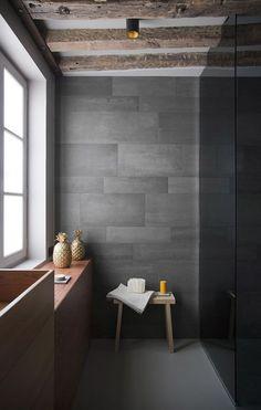 Simple & beautiful! Natural Stone or Stone Effect Porcelain tiles will create this look. Similar at Mandarin Stone