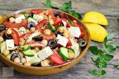 Salata mediteraneeana cu naut - CAIETUL CU RETETE