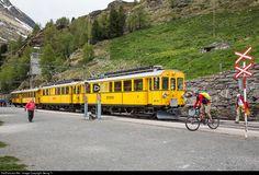 RailPictures.Net Photo: 34, 30 RhB - Rhätische Bahn ABe 4/4 at Alp Grüm, Switzerland by Georg Trüb