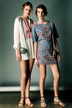 Tuniques Antik Batik