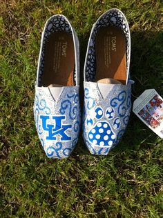 LOVE these UK Toms! uk go cats
