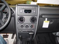 Jeep Wranger radio